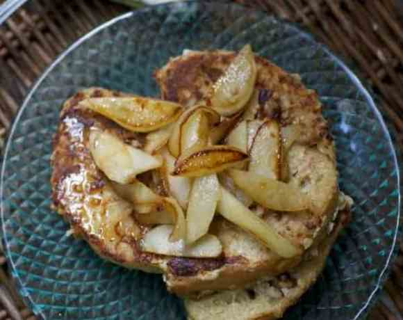 Savor Sunday #1: Pecan Oat Crusted French Toast with Apples