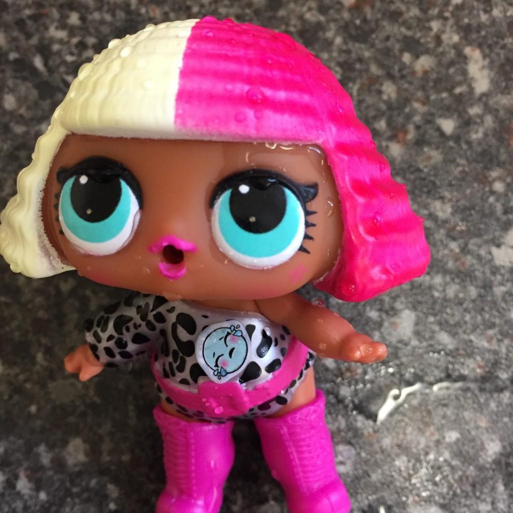 L o l surprise doll review adventures in websterland - Diva lol surprise ...