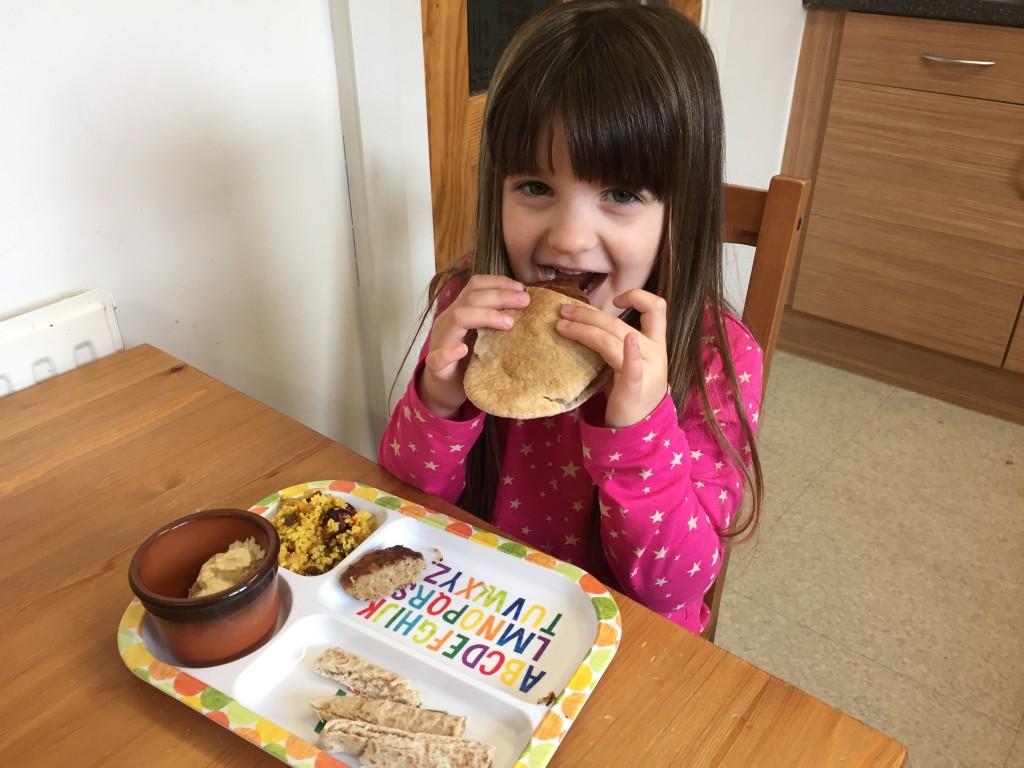 Tender Lamb Patties With Pita Bread #HealthyRedMeat Challenge