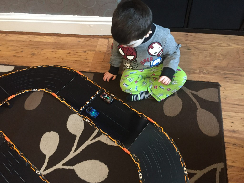 Anki Overdrive Starter Kit {Review}
