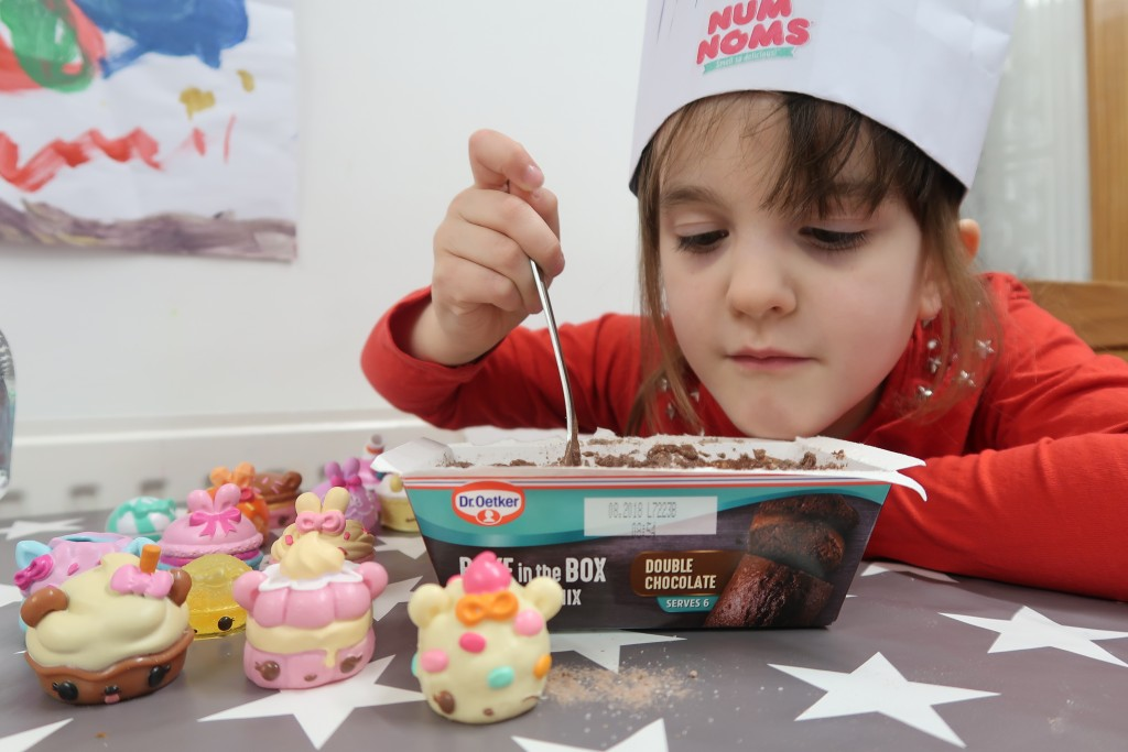 Celebrating National Chocolate Cake Day With Num Noms {Review}