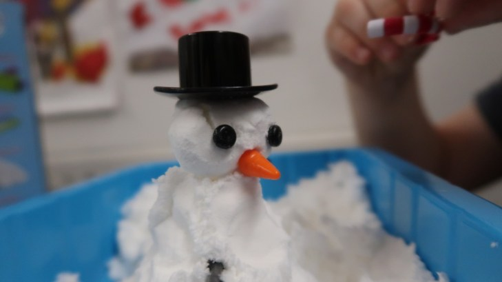 snow man snow play