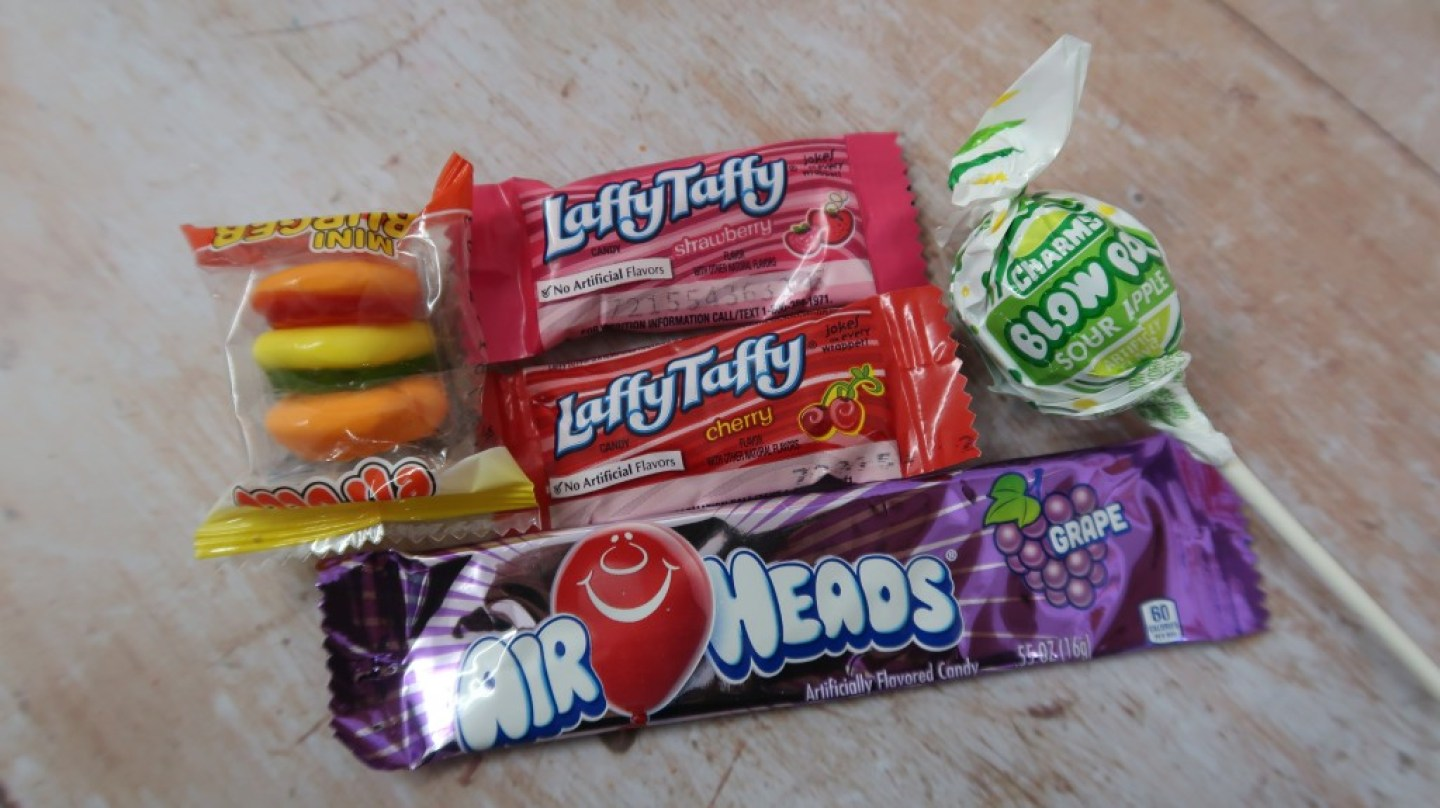 taffy mail subscription box air heads laffy taffy blow pop