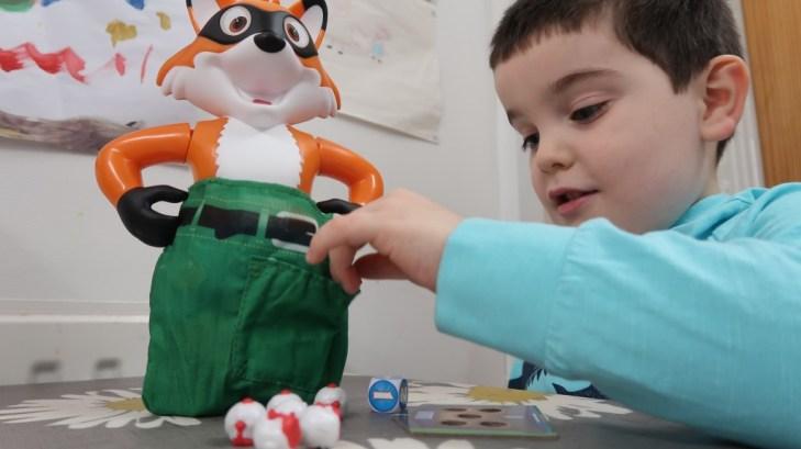 boy playing foxy pants game