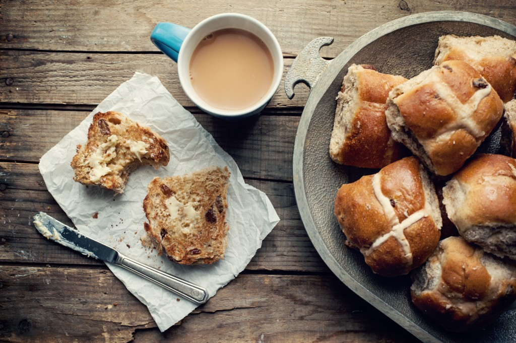 hot cross buns with a cup of tea
