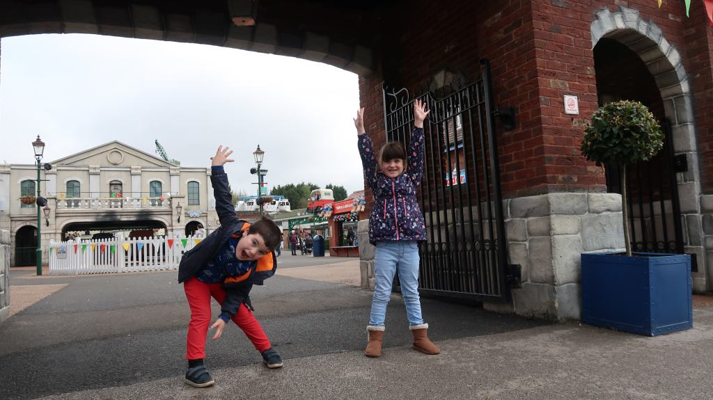 kids at Drayton Manor