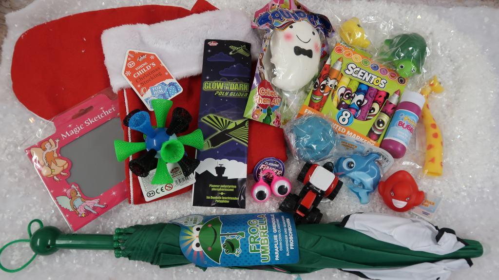 Hawkin's Bazaar Kids Pre-Stuffed Christmas Stockings {Review}