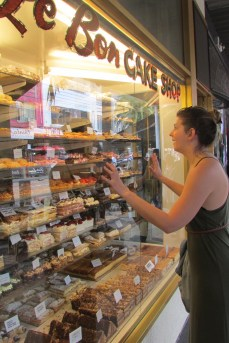 How do you choose? Cake shops in St. kilda