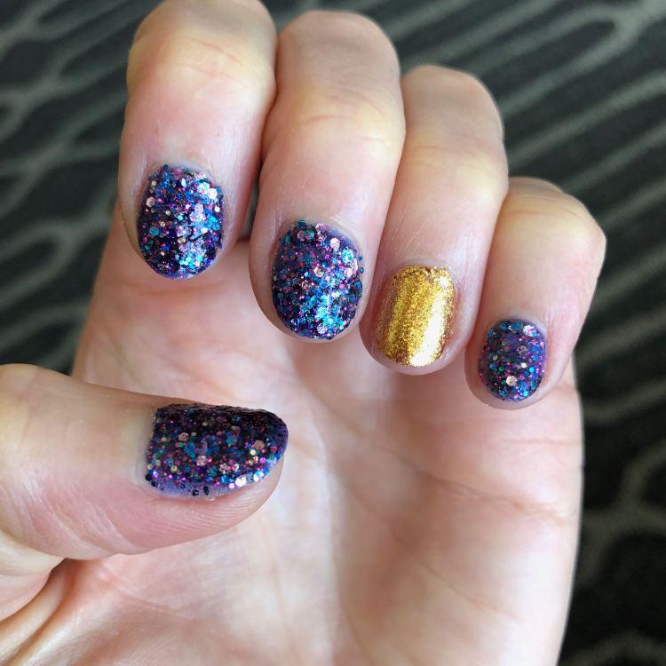 Con manicure