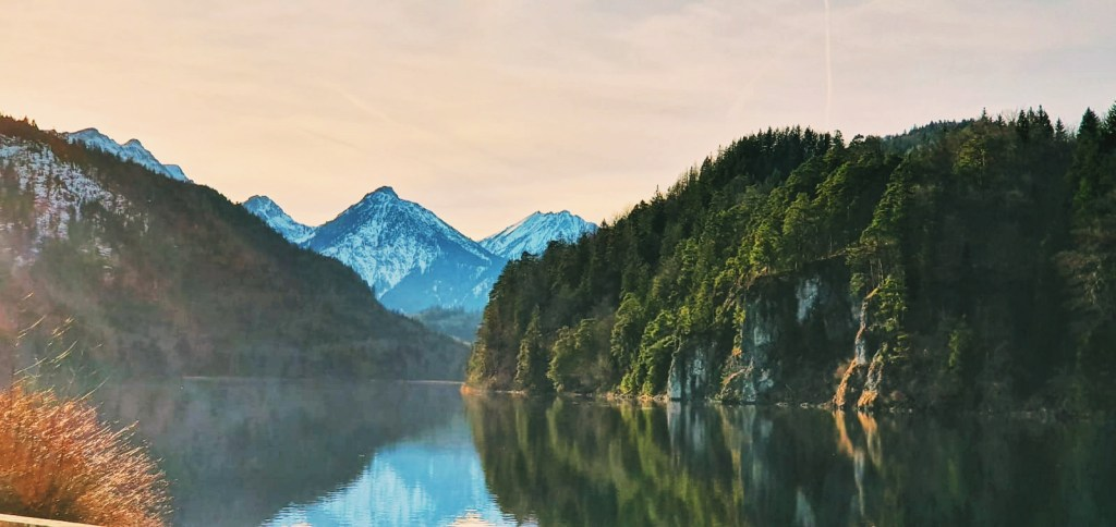 Image of Alpsee lake in Hohenschwangau next to the Bavarian Alps