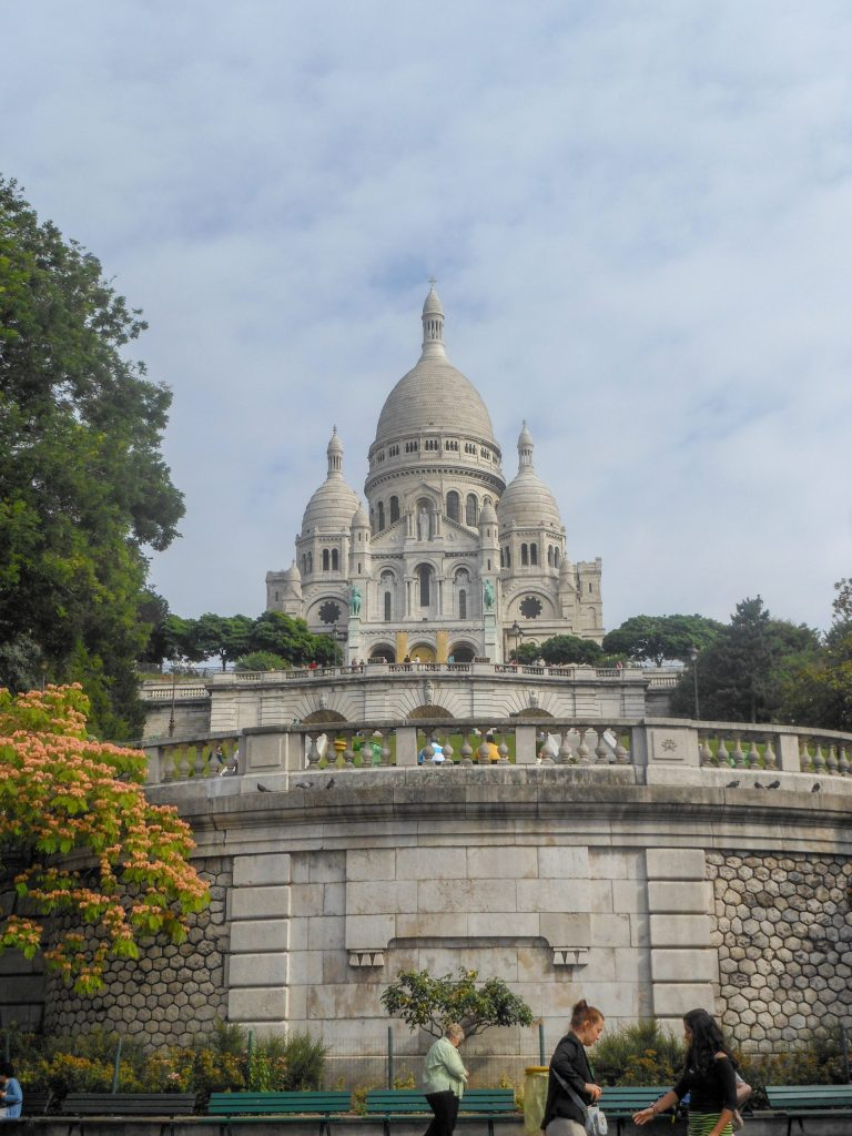 Basilique Sacre Coeur in Paris | Adventures with Shelby