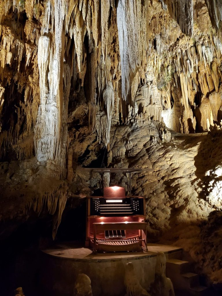 Great Stalacpipe Organ in Luray Caverns | Adventures with Shelby