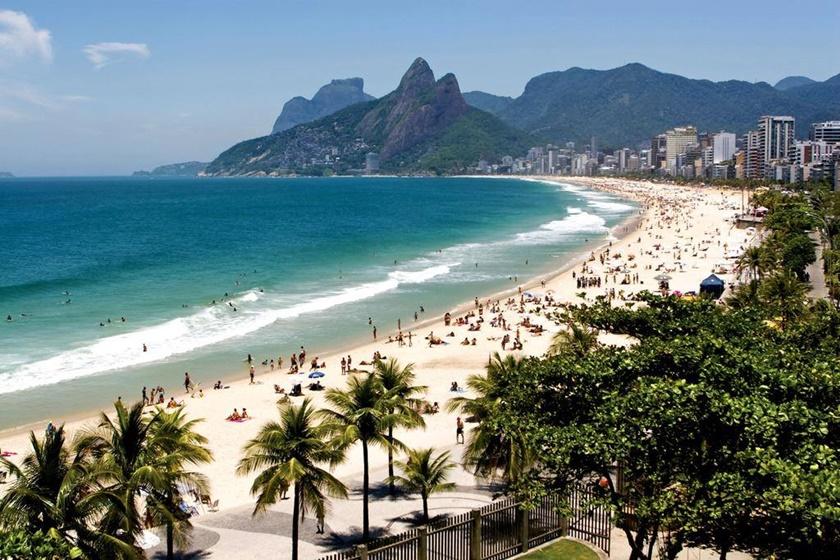 Desde Ipanema y Copacabana hasta playa Perigoso, Arpoador y Vermelha, en las mejores playas de Rio de Janeiro nunca te aburrirás.