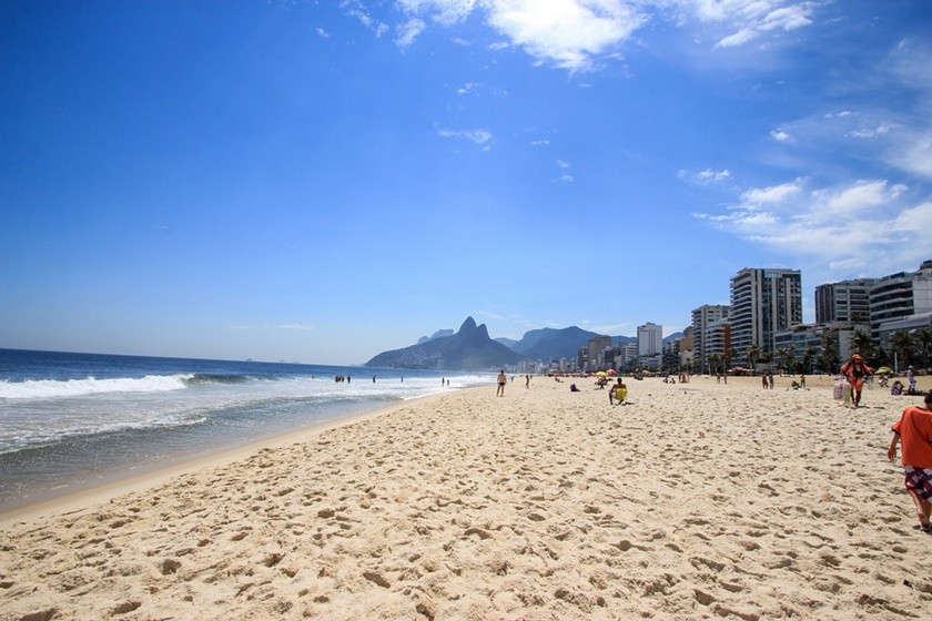 La playa de Ipanema es, junto a la de Copacabana, una de las más famosas de Rio de Janeiro