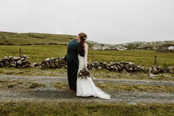 book more elopements - elopement photographer in Ireland