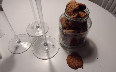 Vegan and glutenfree oat cookies