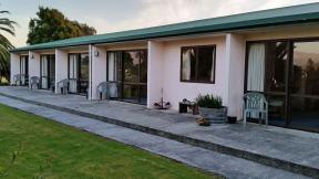 Karamea New Zealand - Historic Village Hotel
