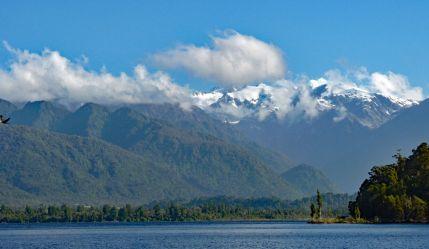 Lake Mapourika view of snow topped mountains