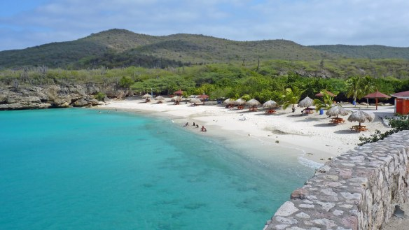 travel-to-curacao-grand-knip-beach