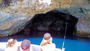 Tutukaka Poor Knights islands - Riki Riko sea cave - Dive! Tutukaka