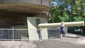 Big gun on display at Darwin Military Museum