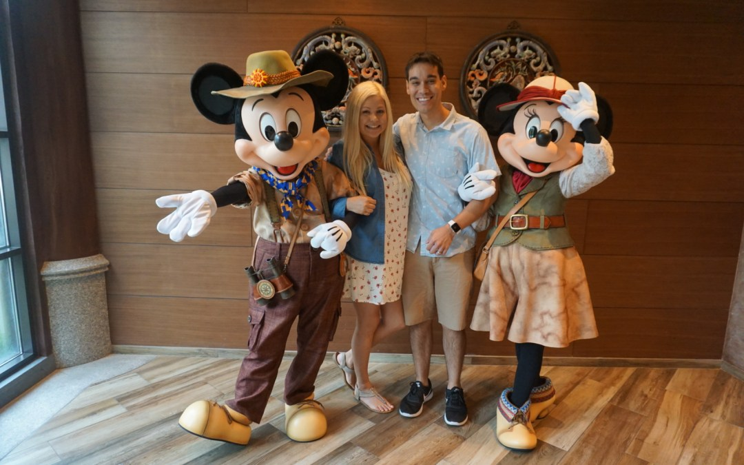 24-Hour Layover in Hong Kong:  5 Reasons You Must Visit Hong Kong Disneyland!