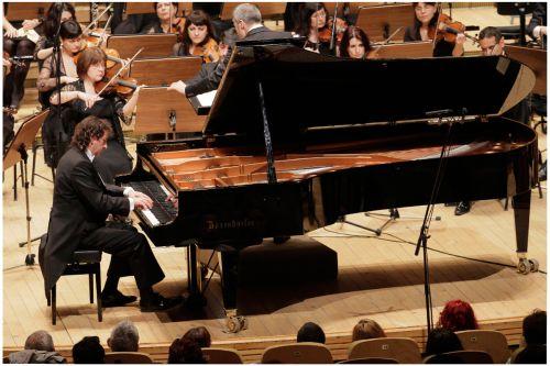 Horia Mihail cu Orchestra Nat Radio - Alexandru Dolea