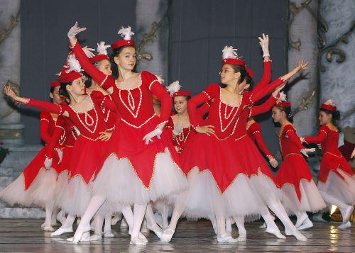 Balet pentru Copii   Magazinul de păpuşi