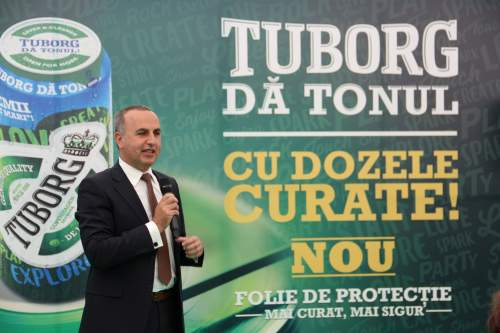 Tuborg introduce o soluție inovatoare pentru dozele de bere: folia de protecție din aluminiu, reciclabilă