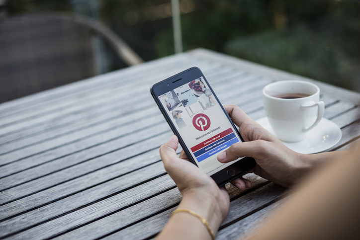 Small Biz Owner's Guide to Using Pinterest for Business
