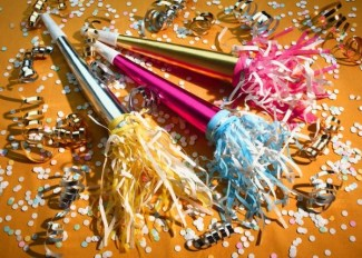 new years noisemakers