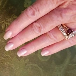Morgan taylor nail polish forever marilyn nails some girls prefer pearls20190824_101940_resized (2)