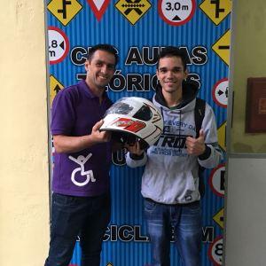 Promoção ganhou um Capacete na Compra de Carta de Carro e Moto