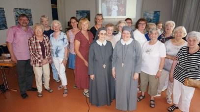 In der Frauenhilfe in Moers-Asberg
