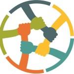 Logótipo do EMACE - círculo com 4 mãos coloridas segurando braço seguinte