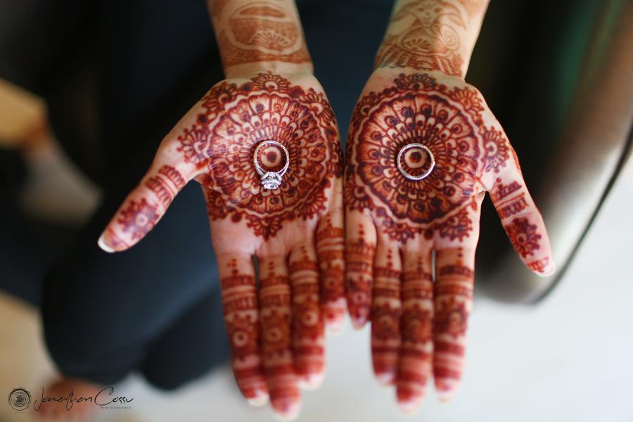 Ring shot by Jonathan Cossu Cancun Wedding Photographer