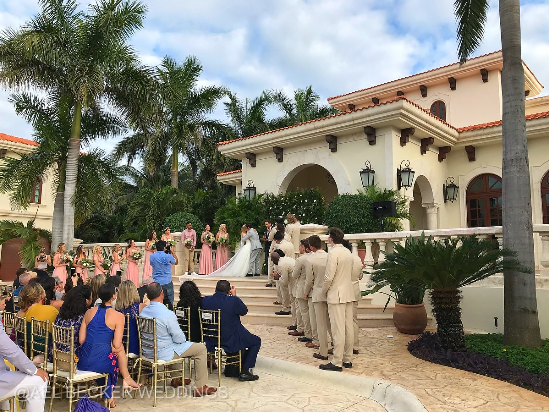 Villa La Joya Wedding by Lucy Gallagher. Playa Paraiso, Mexico