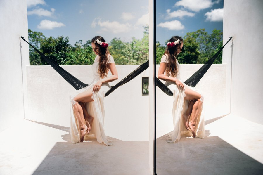 Boho bride getting ready moment in Tulum, Mexico. Lili Breton Wedding Photo