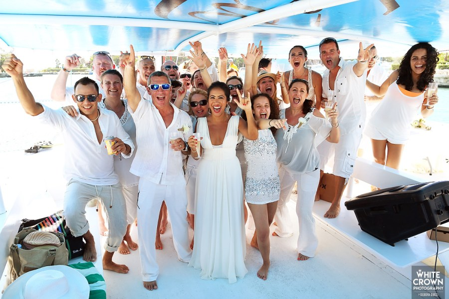 Catamaran wedding in Mexico. Ael Becker Weddings