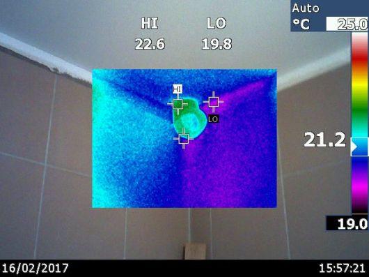 katilines ventiliacija tiesiogiai per kamina
