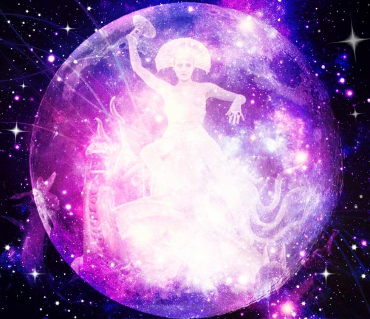 Musta Kassi Kuu : May you live in interesting times full moon