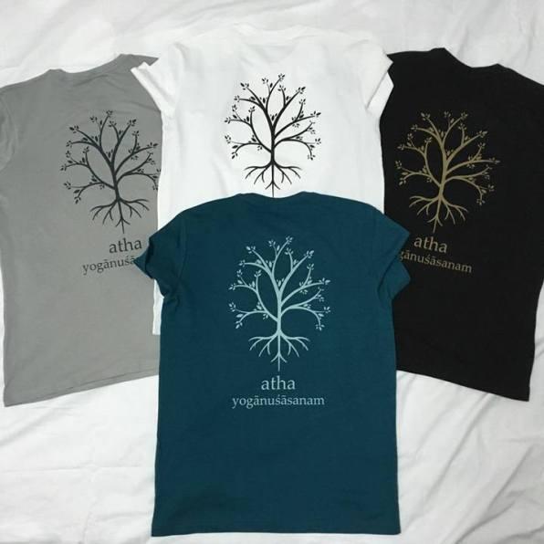 """Camiseta AEPY - MODELO """"CIRCULO""""Más información sobre tallas y colores en """"CAMISETAS AEPY"""""""