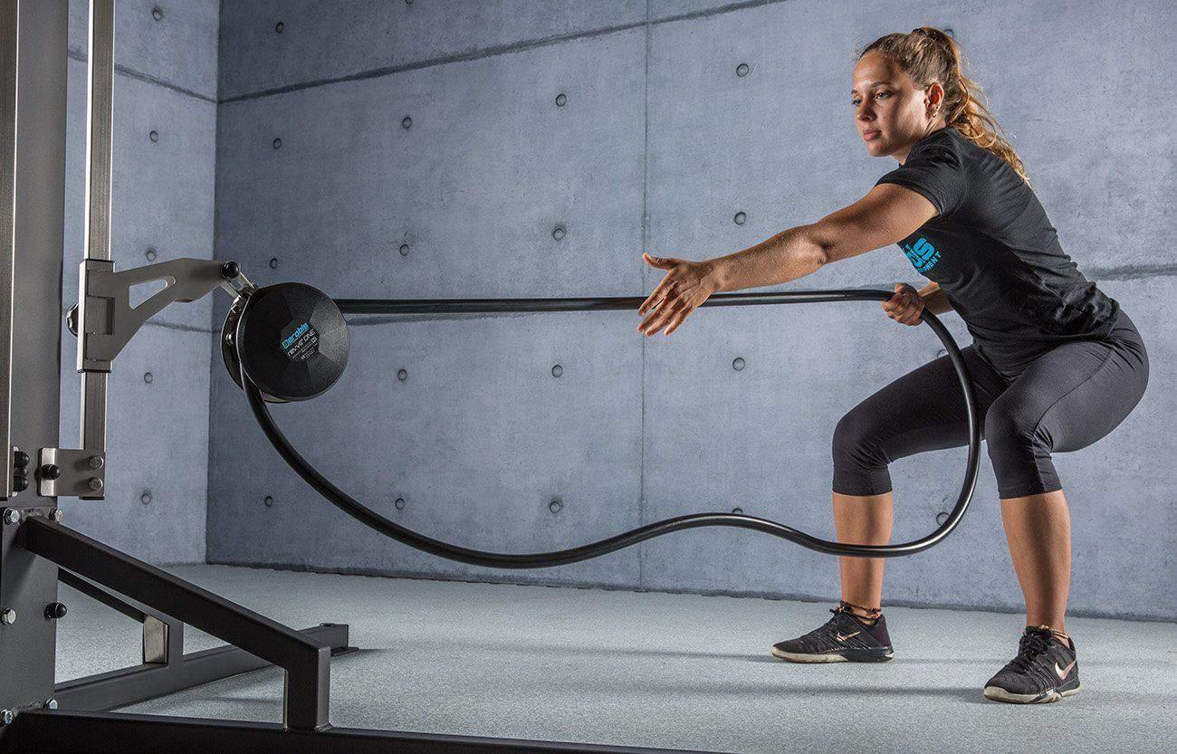 revvll allenamento con la corda funzionale donna palestra