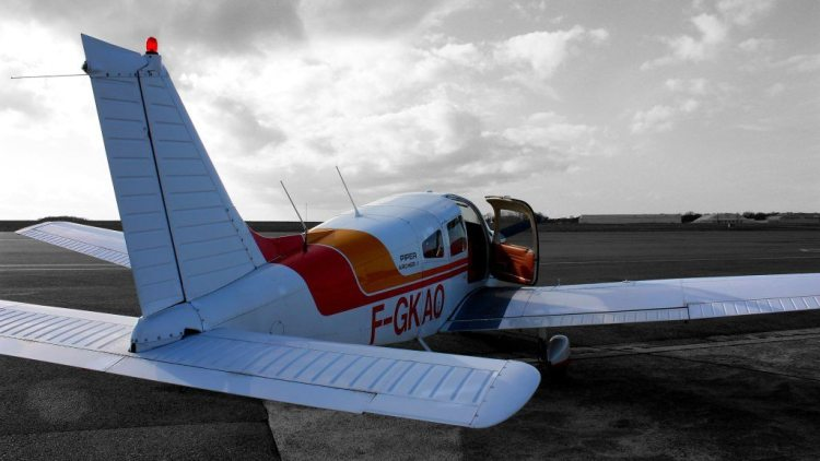 Avion model Piper