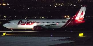 Boeing 737-400 Avior Airlines Venezuela Brasília