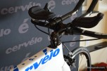 A standard steerer tube and stem mean that the P2 will take just about any cockpit combination you can think of.