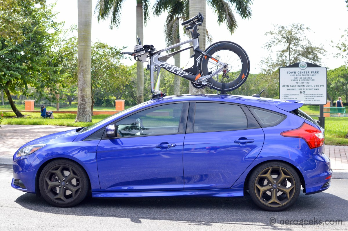 Focus St With Roof Rack >> SeaSucker Mini Bomber – Review | AeroGeeks