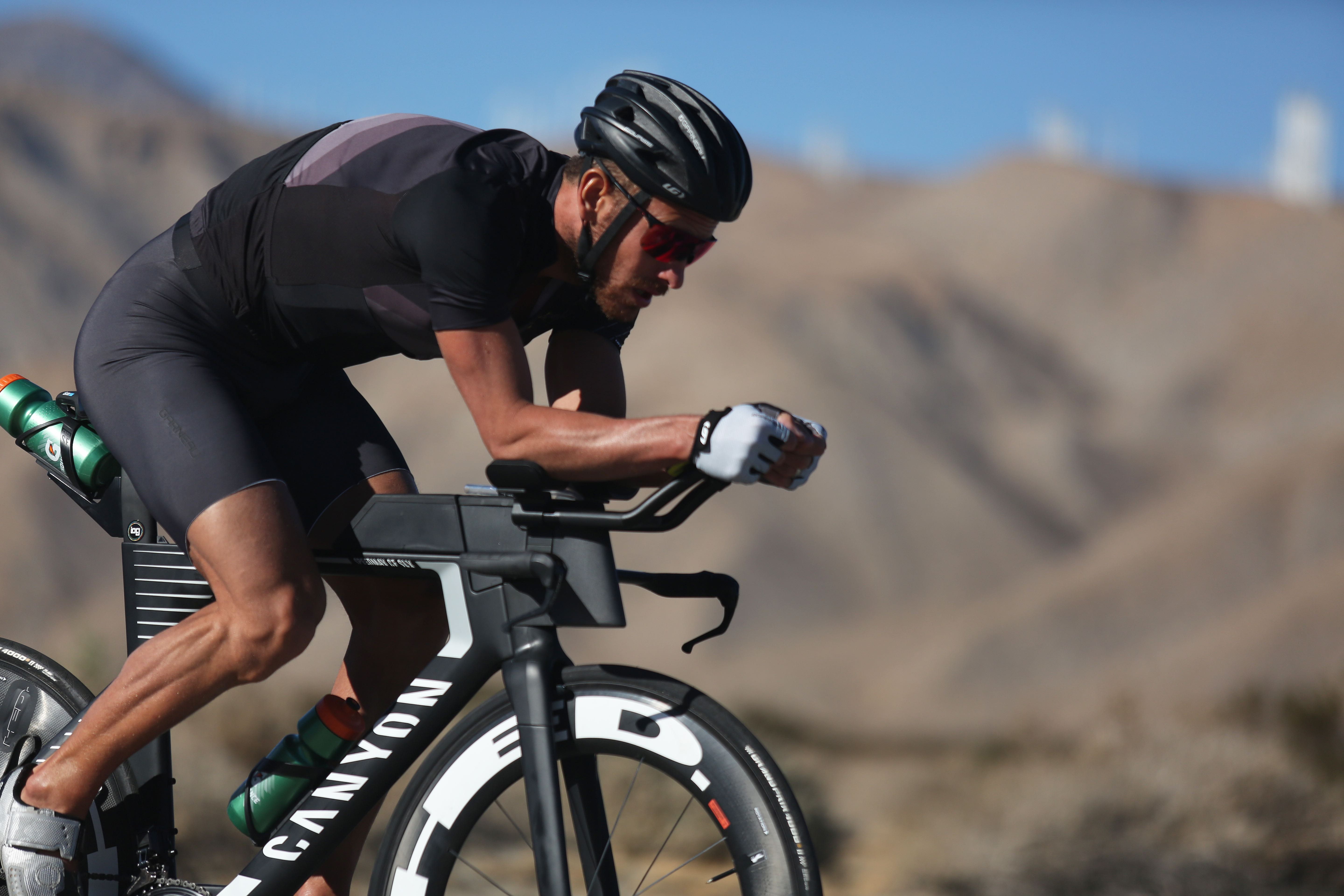 Lionel Sanders Signs with Canyon | AeroGeeks