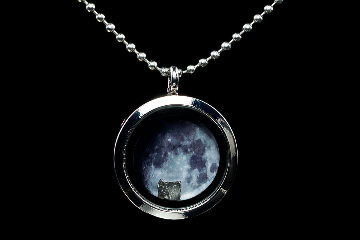 moon-locket-necklace-iv