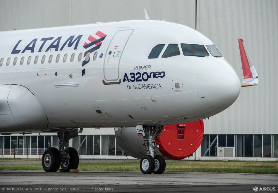 AC-717